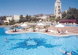 Candia Park Village Is A Complete Holiday And The Ideal Place For Relaxation Amut Families S Of All Ages
