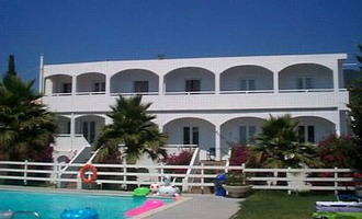 Sunrise Hotel-Apartments in Ipsos Corfu